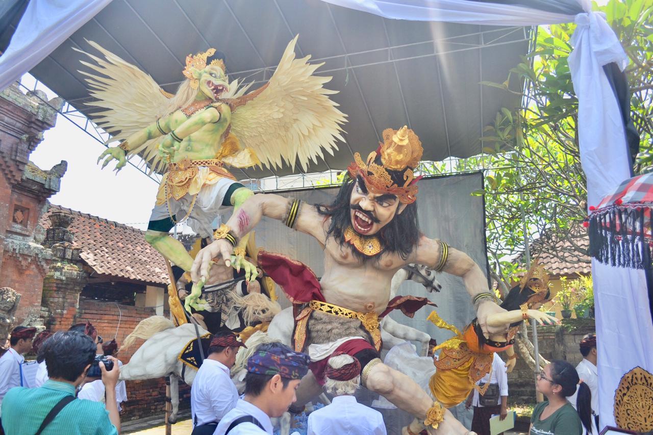 163 Ogoh-Ogoh Ramaikan Malam Nyepi di Denpasar