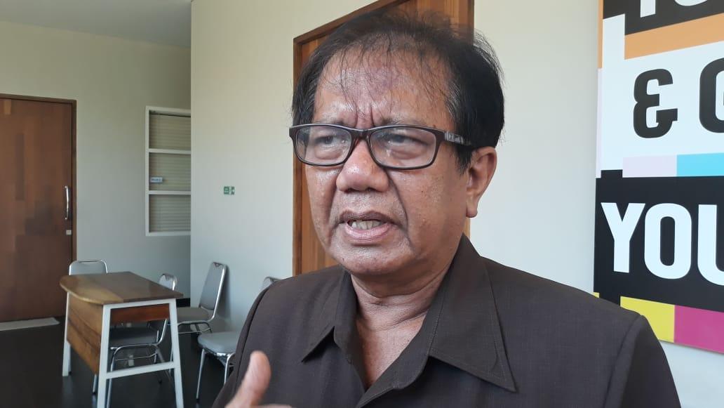 Drs. I Made Sumardhana,S.E.