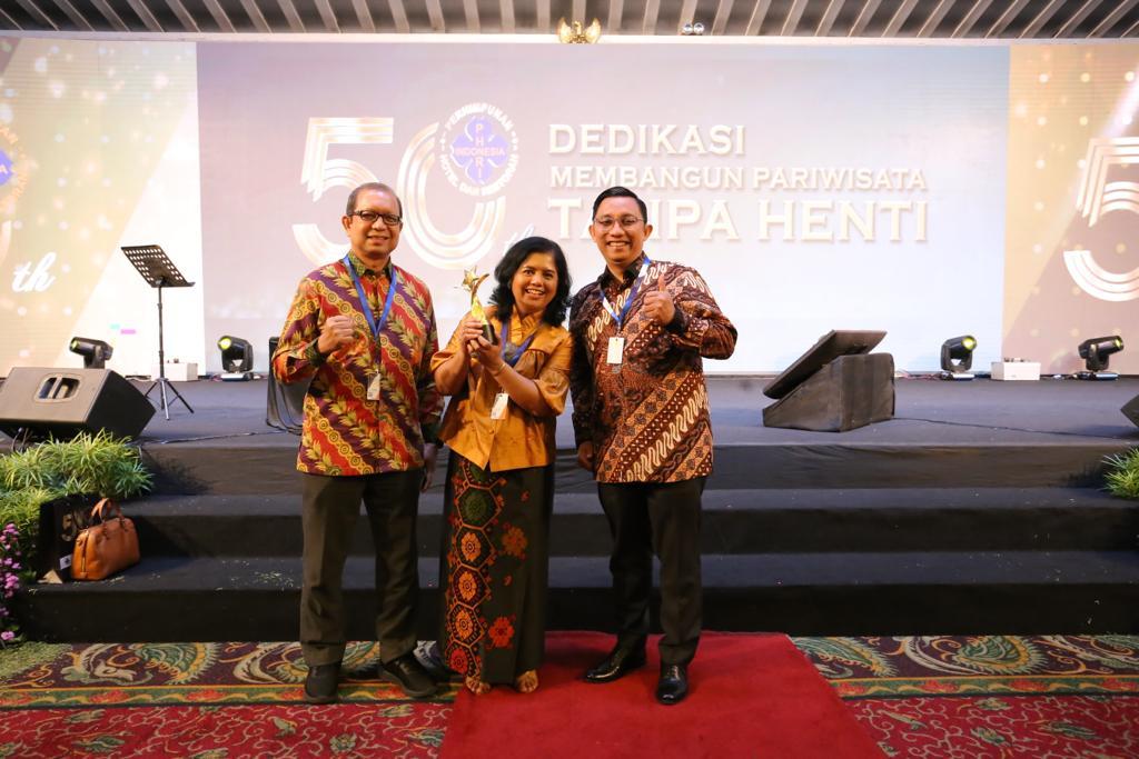 "Patra Comfort Bandung Raih ""The Best 3-Star Hotel"""