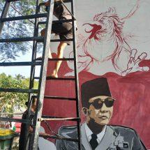 Seni Lukis Mural Semarakkan Peringatan 74 Tahun Hari Lahir Pancasila
