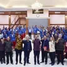 """""""Seminar dan Peradilan Semu"""", Dekan FH Undwi: Penegakan Hukum Jangan Hanya Tajam ke Bawah"""