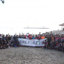 Hari Konservasi Alam Dunia,  Rodalink Ajak Komunitas Sepeda Bersih-bersih Pantai