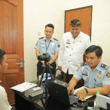 Di LTSP Gianyar, Urus Dokumen Kerja ke Luar Negeri Sehari Jadi