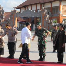Pangdam dan Gubernur Bali Antar Keberangkatan Presiden RI di Bandara Ngurah Rai