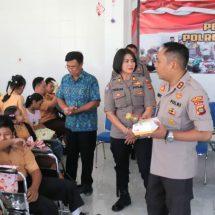 Polresta Denpasar Kunjungi Yayasan Pembinaan Anak Cacat Jimbaran