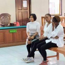 Menganiaya, Dua Wanita Kenya Diadili