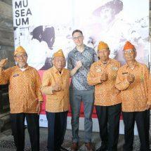 Konsulat-Jenderal Australia di Bali Buka Pameran Rayakan Peringatan 70 Tahun Hubungan Diplomatik Australia-Indonesia