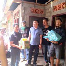 Dinas Sosial P3A Bali dan Relawan Bali Serahkan Bantuan Untuk 250 Warga Miskin di Bangli