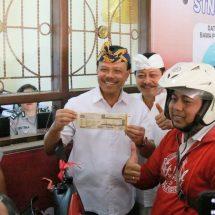 "Sekda Dewa Indra Apresiasi Samsat ""Gelis"" Tabanan, Bayar Samsat Paling Lama 5 Menit"