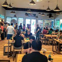Menikmati Kuliner Sunda Yang Digoreng 'Dadakan' di Warung Nasi Ampera