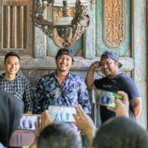 """""""Pemuda 45″ Nyi Pelet Berdusta Sindir Muda Mudi yang Malas ke Banjar"""
