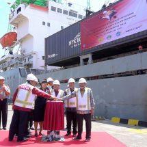 Alihkan Jalur Darat ke Laut, Pelindo III Siapkan Insentif Tarif Jasa Bongkar Muat di Pelabuhan
