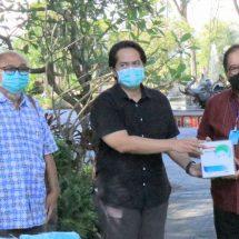 Tangani Covid-19, Wagub Bali Terima Bantuan Ribuan APD dari Gakeslab