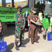 Peduli Sesama, Kejati Bali Bagikan 600 Paket Sembako Gratis
