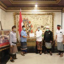 """Gotong Royong Lawan Covid-19, Bali Sari Linuwih """"Mapunia"""" 2.000 Masker melalui MDA Bali"""