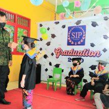Wisuda Angkatan XIV Siswa SIP School Berlangsung Semarak