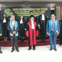 Ketua PT Denpasar Sumpah 97 Advokat Peradi Denpasar