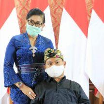 Sampaikan Rasa Bangga, Ny. Putri Koster Hadiri Pameran Virtual Agus Mertayasa
