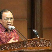 Disetujui Dewan, Gubernur Koster: Bali Miliki Perda  Mengatur Ruang Darat, Laut dan Pesisir