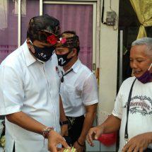 Blusukan di Pasar Gunung Sari dan Pasar Kertha, Pedagang Berharap Program Perubahan AMERTA Bisa Atasi Dampak Covid-19