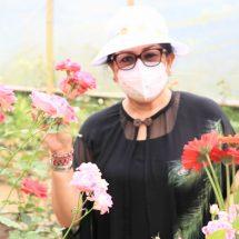 Ny. Putri Koster Ajak Florist Bali Gunakan Bunga Hasil Pertiwi Bali