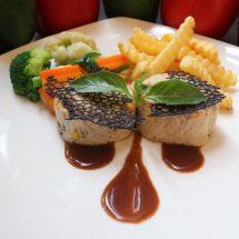Yuk Santap Sajian Berbagai Macam Makanan dan Minuman di Hotel Santika Premiere Bintaro