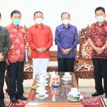 Gubernur Koster Fasilitasi Vaksinasi Pekerja Migran Asal Bali, Sasar26 Ribu PMI