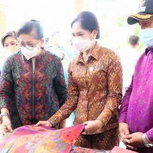 Ny. Putri Koster Dukung Rencana Pembangunan Sentra Tenun Jembrana