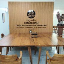 """""""Banjar Bali"""", Tempat Belajar Hukum Adat dan Budaya Bali"""