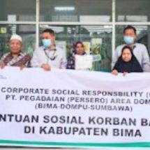 Pegadaian Bantu Ratusan Paket Sembako untuk WargaTerdampak Banjir di NTB dan NTT
