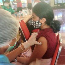 Peradi Denpasar Jalani Vaksinasi Covid-19