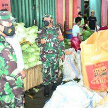 Hadapi Idul Fitri, Pemkot Gandeng Kodim Lakukan Operasi Pasar di Kota Ternate