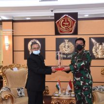 Panglima TNI Terima Courtesy Duta Besar LBBP India