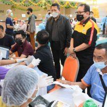 1.100 Pegawai Perbankan se-Kota Denpasar Divaksin Covid-19
