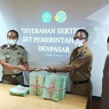 BPN Serahkan 400 Sertifikat Tanah Aset Pemkot Denpasar