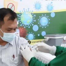 Tuntaskan Vaksinasi Tahap ke-2 Bagi Karyawan dan Keluarga, Astra Motor Bali Bekerja Sama Dengan Rumah Sakit Trijata