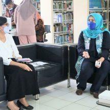 Digitalisasi Buku Karya Sastra, Badan Pengembangan dan Pembinaan Bahasa Jakarta Kunjungi UPT Perpustakaan Unud