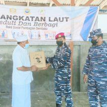 Lanal Denpasar Bantu Sembako Tokoh Agama