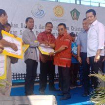 Tingkatkan Hasil Petani dan Nelayan, Rai Wirajaya Serahkan Bantuan Rp5,3 Miliar di Jembrana