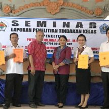 Tingkatkan Prestasi Siswa, Empat Guru SMPN 1 Denpasar Seminarkan Hasil Penelitian Tindakan Kelas