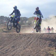 Diikuti 50 Pembalap, Kejurnas Grasstrack dan Motocross Region 3 Putaran I di Sirkuit Perancak