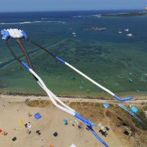 "Ribuan Layang-layang dari 24 Negara Ramaikan ""Sanur International Kite Festival 2109"""