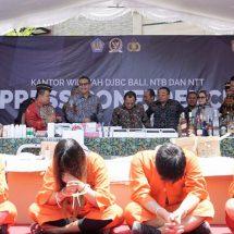 Disimpan Dalam Makanan Hewan, Bea Cukai Ngurah Rai Ringkus Enam WNA Penyelundup Narkotika