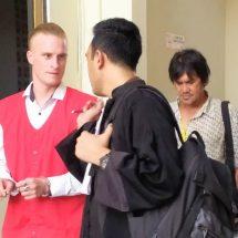 Pukul Satpam, Bule Amerika Divonis Delapan Bulan Penjara