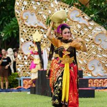 Pentas Budaya Semarakkan Pembukaan Dies Natalis ke-27 Undiksha
