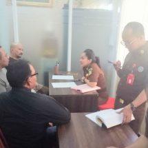 Kejari Denpasar Tahan Dua Pemilik 5.977 Pil Ekstasi