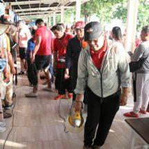 Antisipasi Corona, Wagub Lakukan Penyemprotan Desinfektan di Pelabuhan Penyeberangan ke Nusa Penida dan Sanur