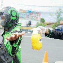 Perangi Covid-19, Gojek Denpasar Lengkapi Ribuan Mitranya dengan Masker dan Hand Sanitizer