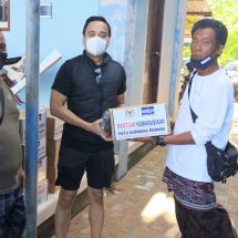 Penghasilan Hilang Di Tengah Corona, PSR Guyur Sembako Untuk Disabilitas dan Lansia