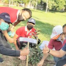 Perayaan HUT Ke-23, Perumda Air Minum Tirta Sewakadarma Tanam Pohon dan Donor Darah